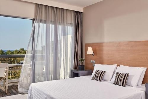 VACANTA DE 7 NOPTI IN RODOS - Hotel All Senses Ocean Blue 4*
